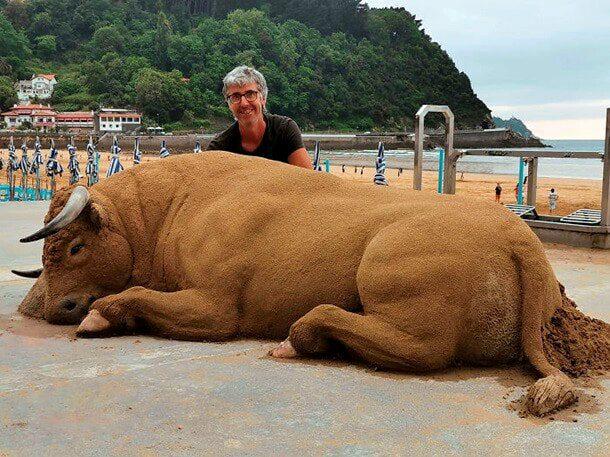Жутко реалистично. Песочный скульптор Андони Бастаррика