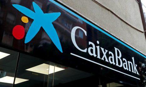 CaixaBank начнет взимать 240 евро с текущего счета с октября