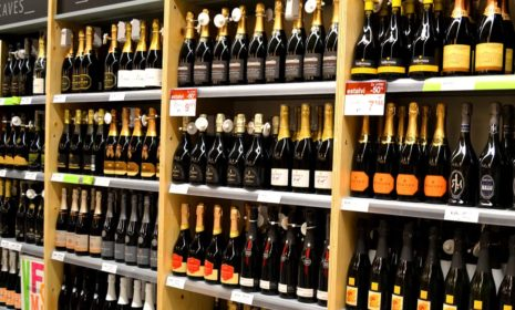 «Крепкие» напитки в Испании самые дешевые в Европе