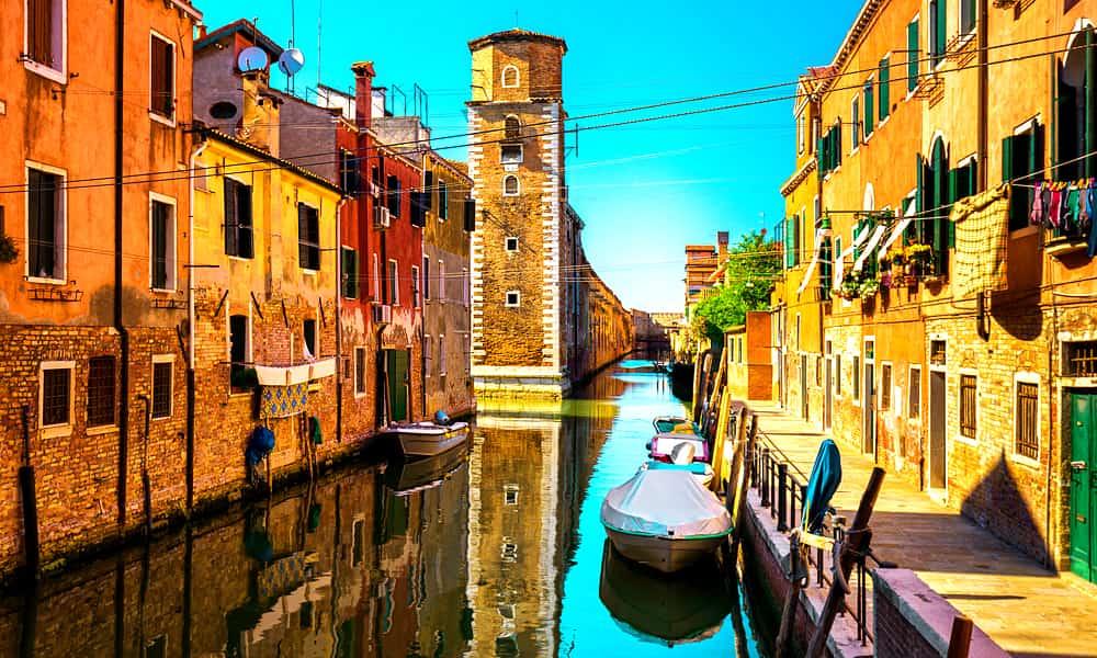 Хотите поехать в Италию? Узнайте, пустят ли вас в страну
