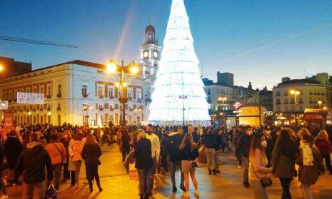 Испанские власти обеспокоены «толпами на улице»