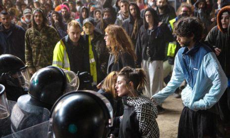 Спектакль окончен: спустя сорок часов, полиция выселила незаконную макро-вечеринку «рейв»