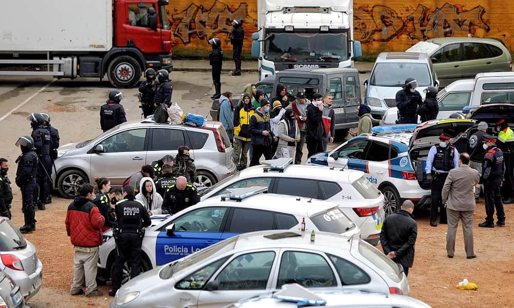 Нелегальные вечеринки в Испании и Франции