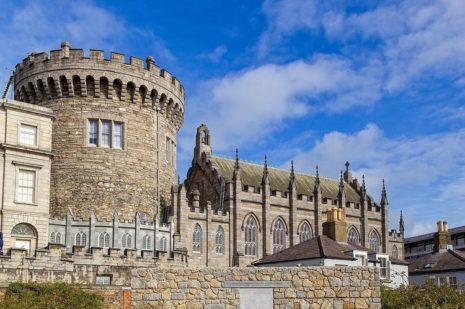 Ирландия вводит обязательный карантин для туристов из 20 стран