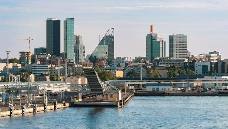 Эстония отменила карантин для вакцинированных и переболевших COVID-19 иностранцев