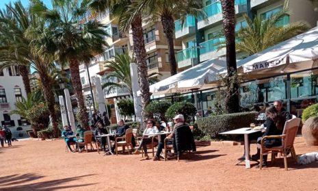 В июне Испания откроет границы туристам, имеющим цифровые сертификаты