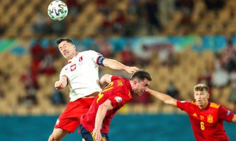 Сборная Испании сыграла вничью с командой Польши со счетом 1:1