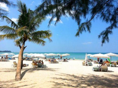 Остров Пхукет открыл границы для иностранных туристов
