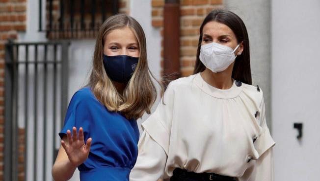 Испанская королева Летисия и принцесса Леонор вакцинированы от коронавируса