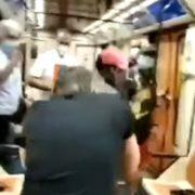В мадридском метро мужчина потерял глаз после того, как попросил другого пассажира надеть маску