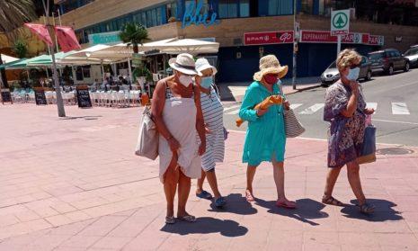 Каталония опасается переполнения госпитализированных