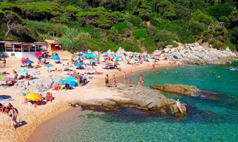 Испания заняла первое место по числу самых чистых пляжей в мире