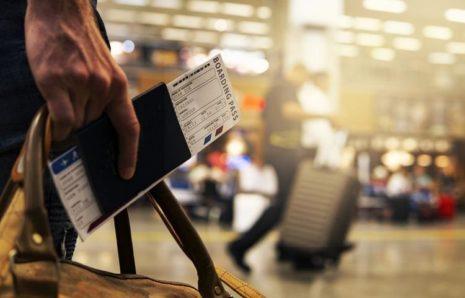 Поездки внутри Европы поставлены под угрозу из-за путаницы с сертификатами